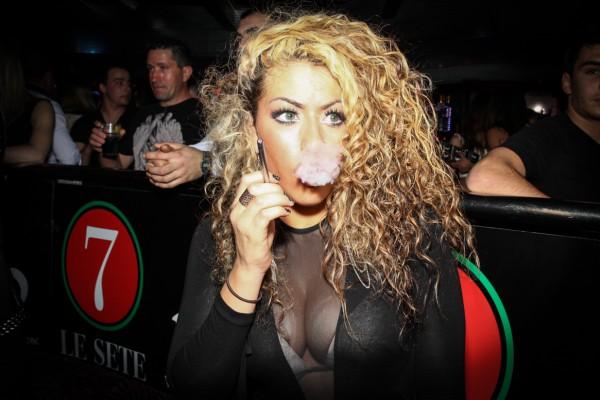 mars-venus-ecigarette-glamour-fashion-sete